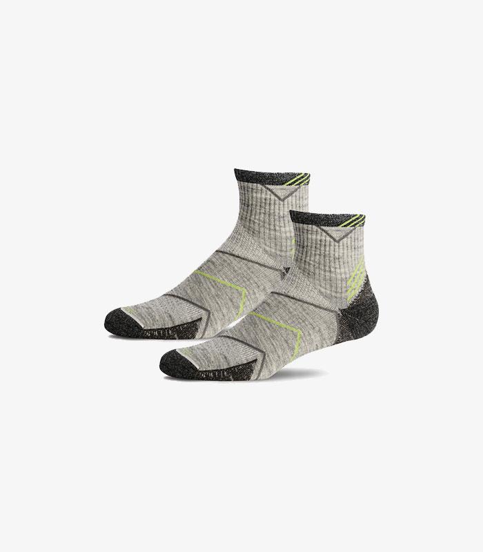 merino-kompression-kurze-sportsocken-herren-incline-quarter-sw11m-grau-sockwell